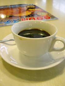 ドリンクバーのコーヒー(チョコシロップ入り)