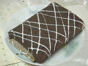 光の街限定 チョコパイロールケーキ