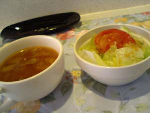 らんぷ亭Aランチ サラダとスープ