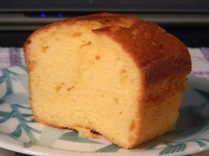 「三彩の里」のパウンドケーキ