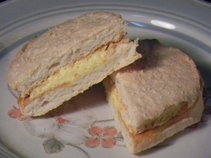 カマンベールチーズダックワーズ